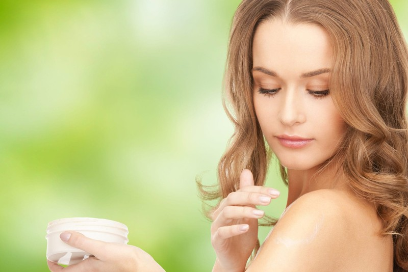 Why should your switch to organic cosmetic products?